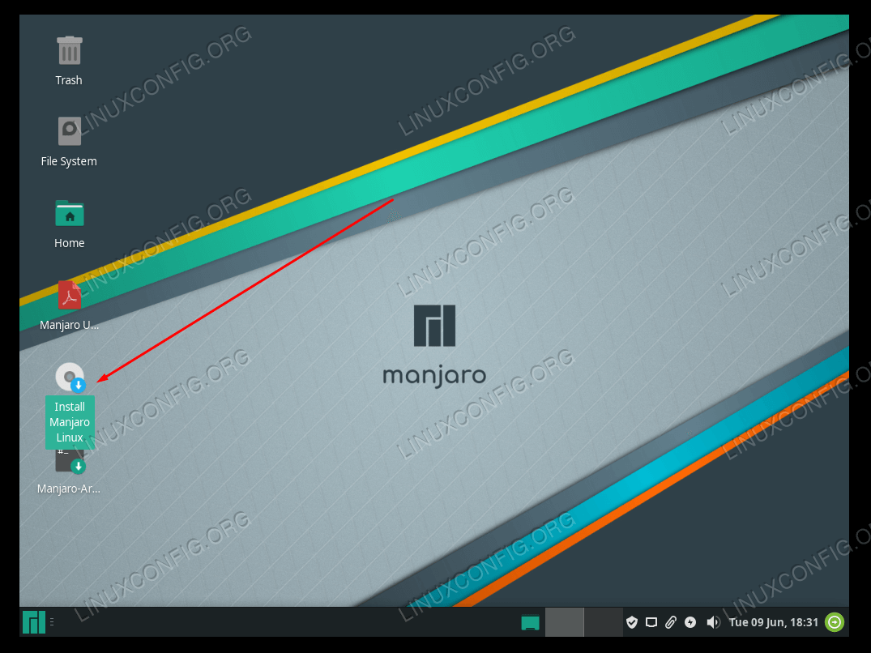 Click the Install Manjaro Linux desktop shortcut